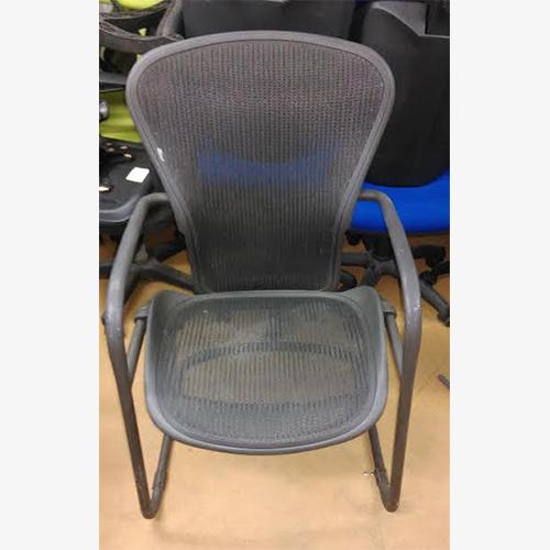 herman miller aeron meeting chairs used second hand herman miller. Black Bedroom Furniture Sets. Home Design Ideas