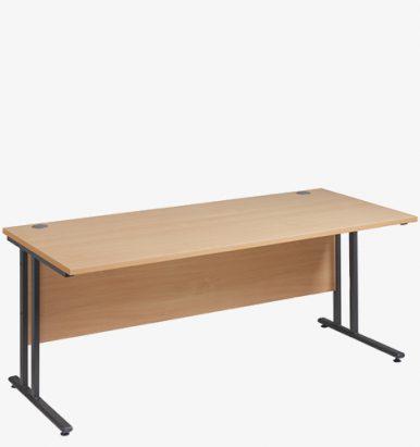 Maestro 25GL Range Desks from London Office Furniture Warehouse