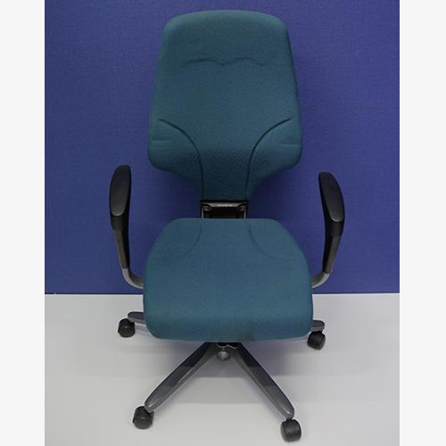 Giroflex G64 Chair