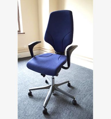 Giroflex G64 Chair Blue