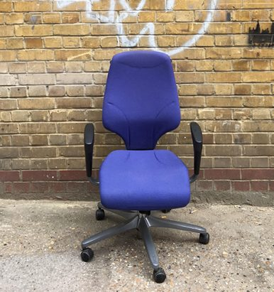 Giroflex G64 Purple Chair