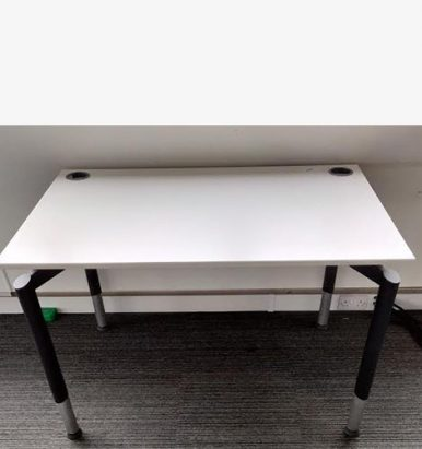 Second Hand 1200mm White Desks