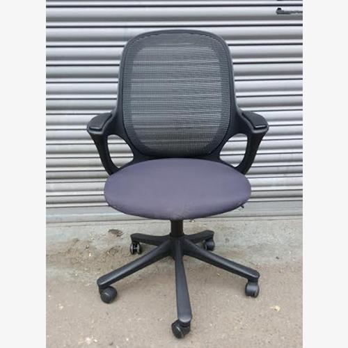 Verco Graphite Pepper Chairs 2nd Hand